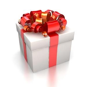 凡在本店购物满十元,送积分卡一张,可抵一元现金使用(生日蛋糕
